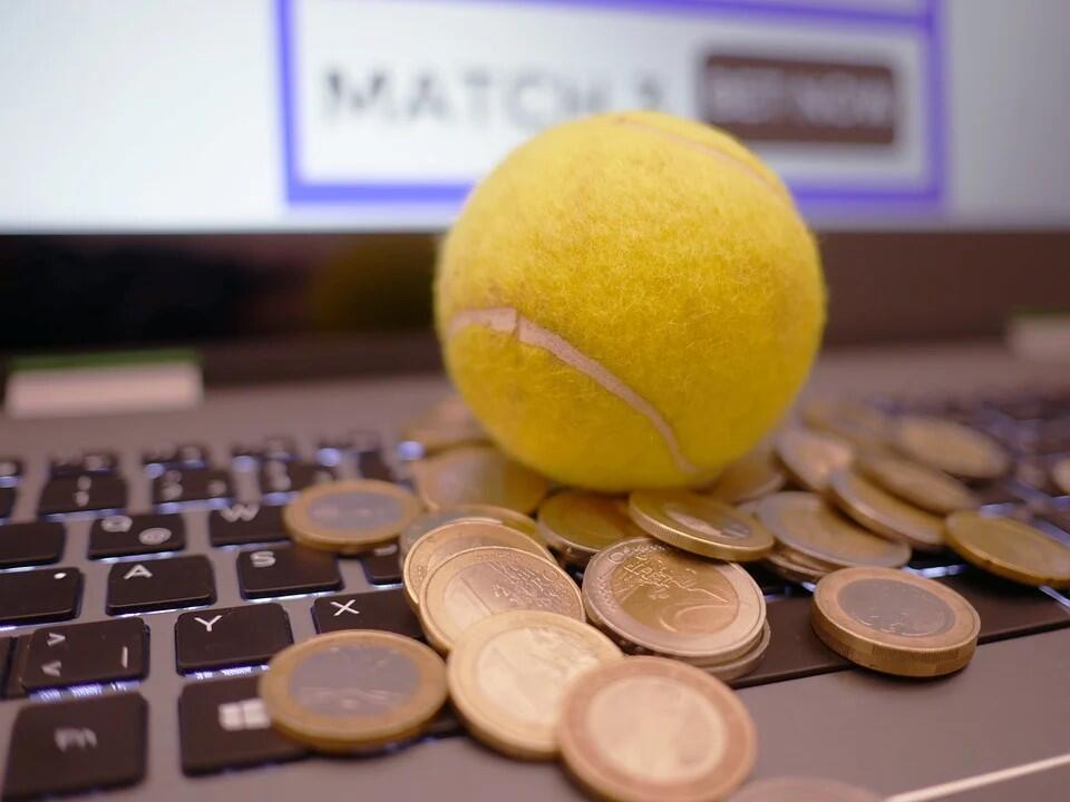 Как зарабатывать на ставках в букмекерских конторах